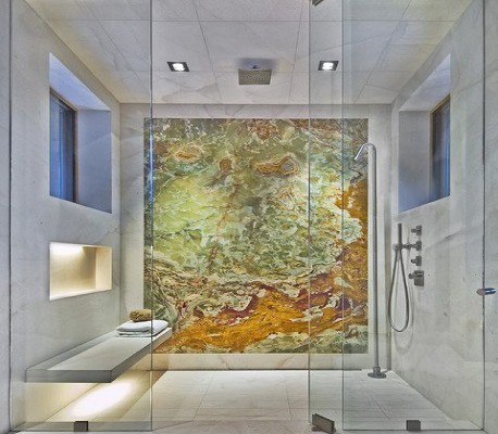 Badkamer met douche open