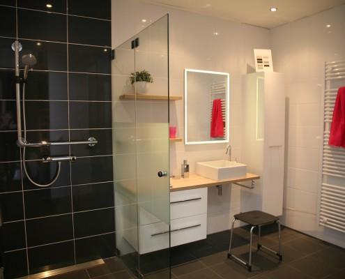 Badkamer Kopen? De badkamerspecialist van Twente en omstreken. Kom eens langs in onze badkamer showroom in Haaksbergen