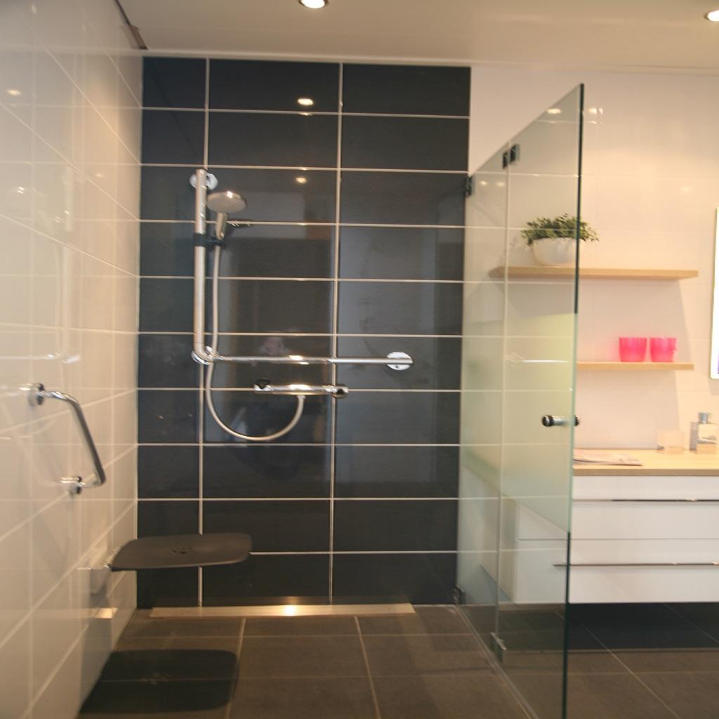 Badkamer ontwerpen van ontwerp tot realisatie for Tekening badkamer maken