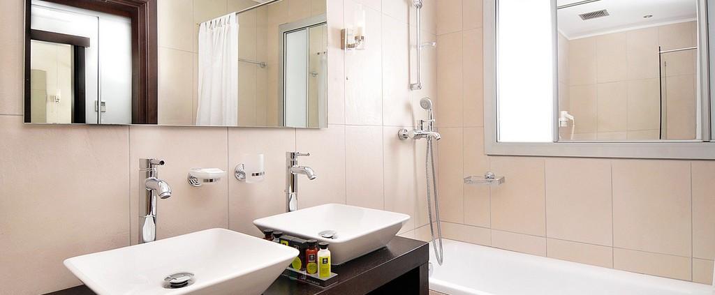 Badkamers enschede van ontwerp tot realisatie - Wandtegels levende ...